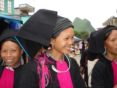 Black Dao Women
