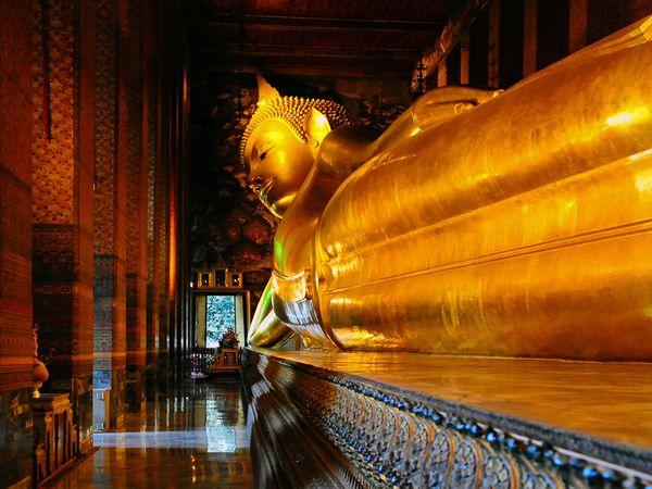 Giant Reclining Buddha Wat Pho & Wat Pho Temple | Entre trois volcans islam-shia.org